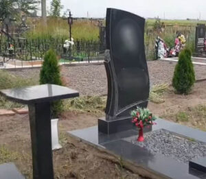 Памятники на могилу Тюмень