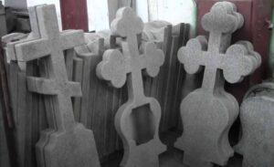 Памятники из мраморной крошки в Тюмени